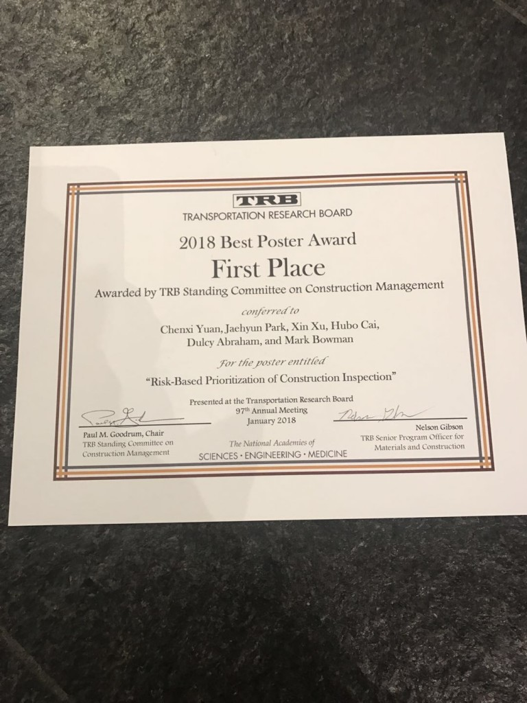 [01/08/2018] Our research group winning the inaugural best poster award at TRB