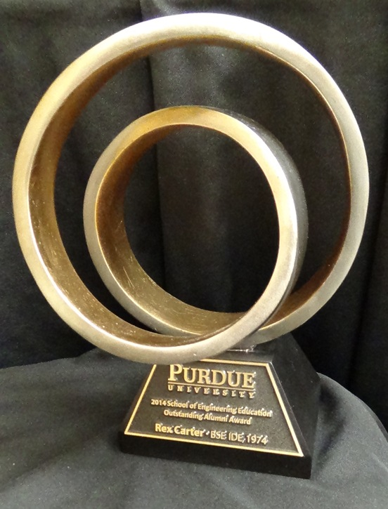 Carter receives 2014 Outstanding Alumni Award