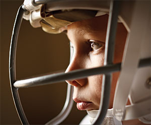 Do football helmets help much to prevent brain damage?