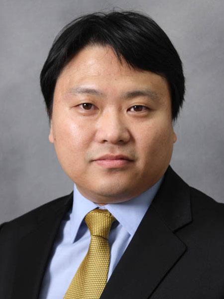 Photo of Euiwon Bae