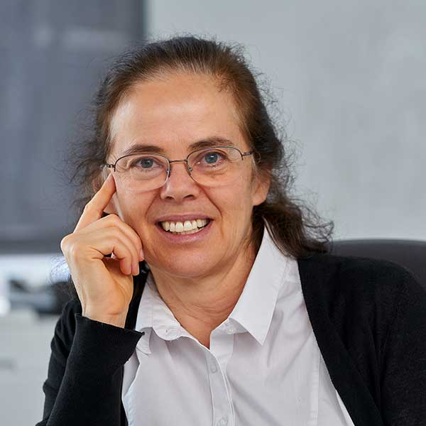 Photo of Eva Tardos