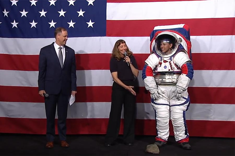 Read more: Amy Ross designs new moonwalk spacesuits for NASA