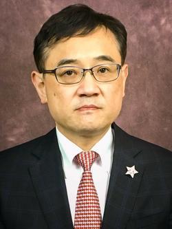 Takashi Hibiki
