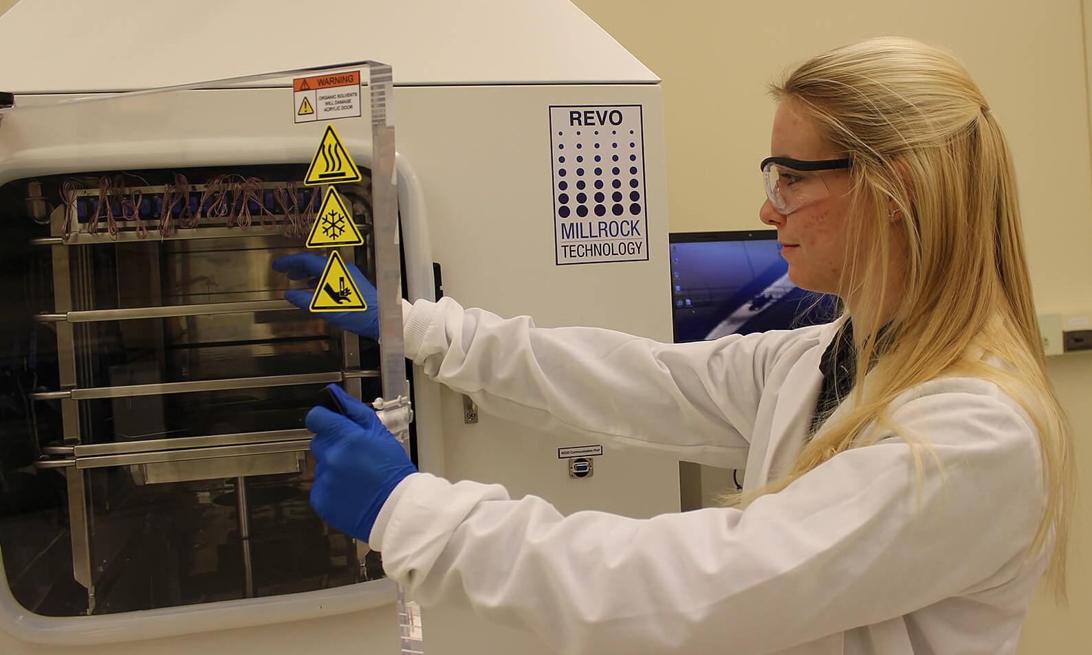 LyoHub to transform freeze-drying process to make lifesaving drugs, preserve food photo