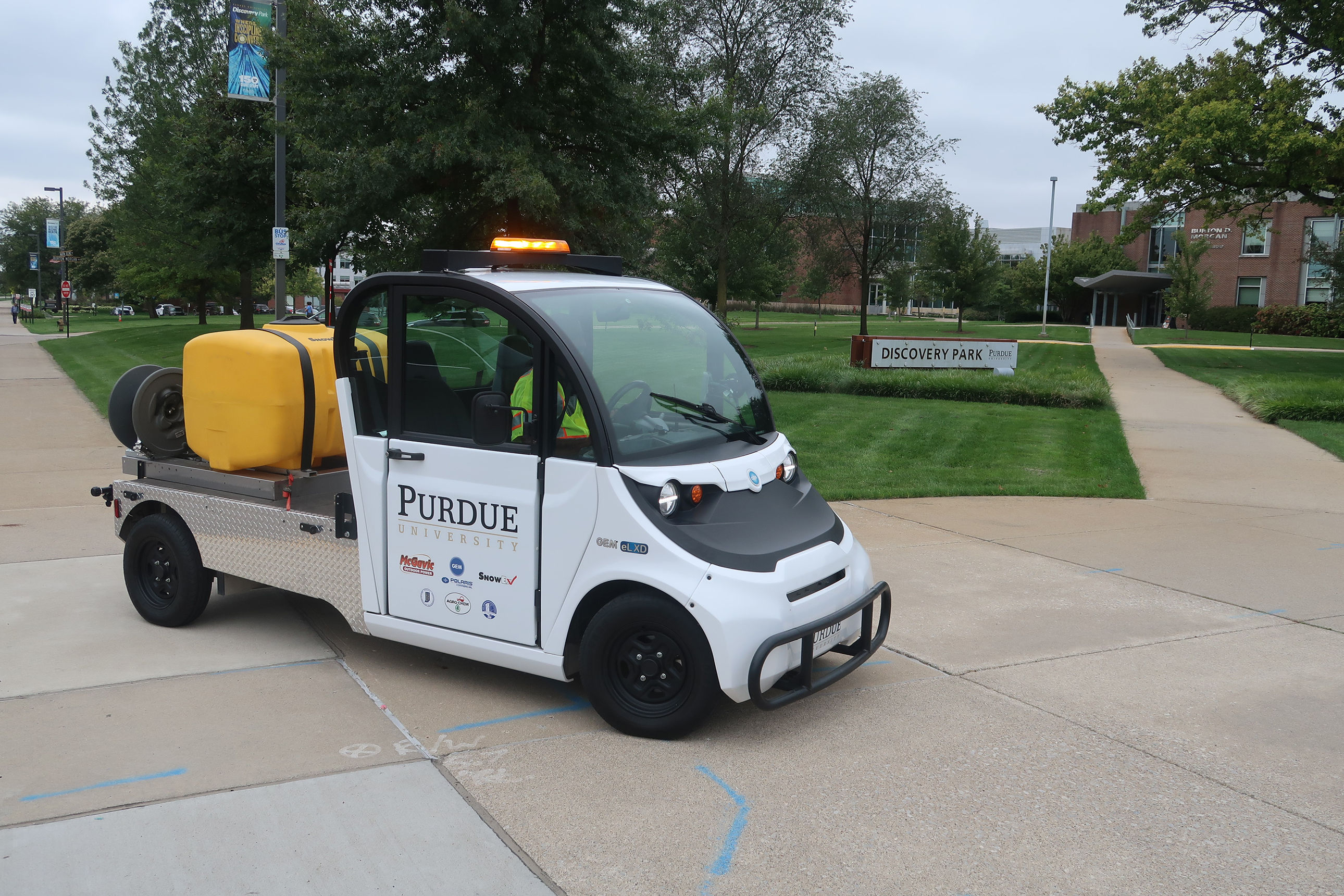 Magment, Purdue to pursue electric transportation pilot projects at Discovery Park District photo