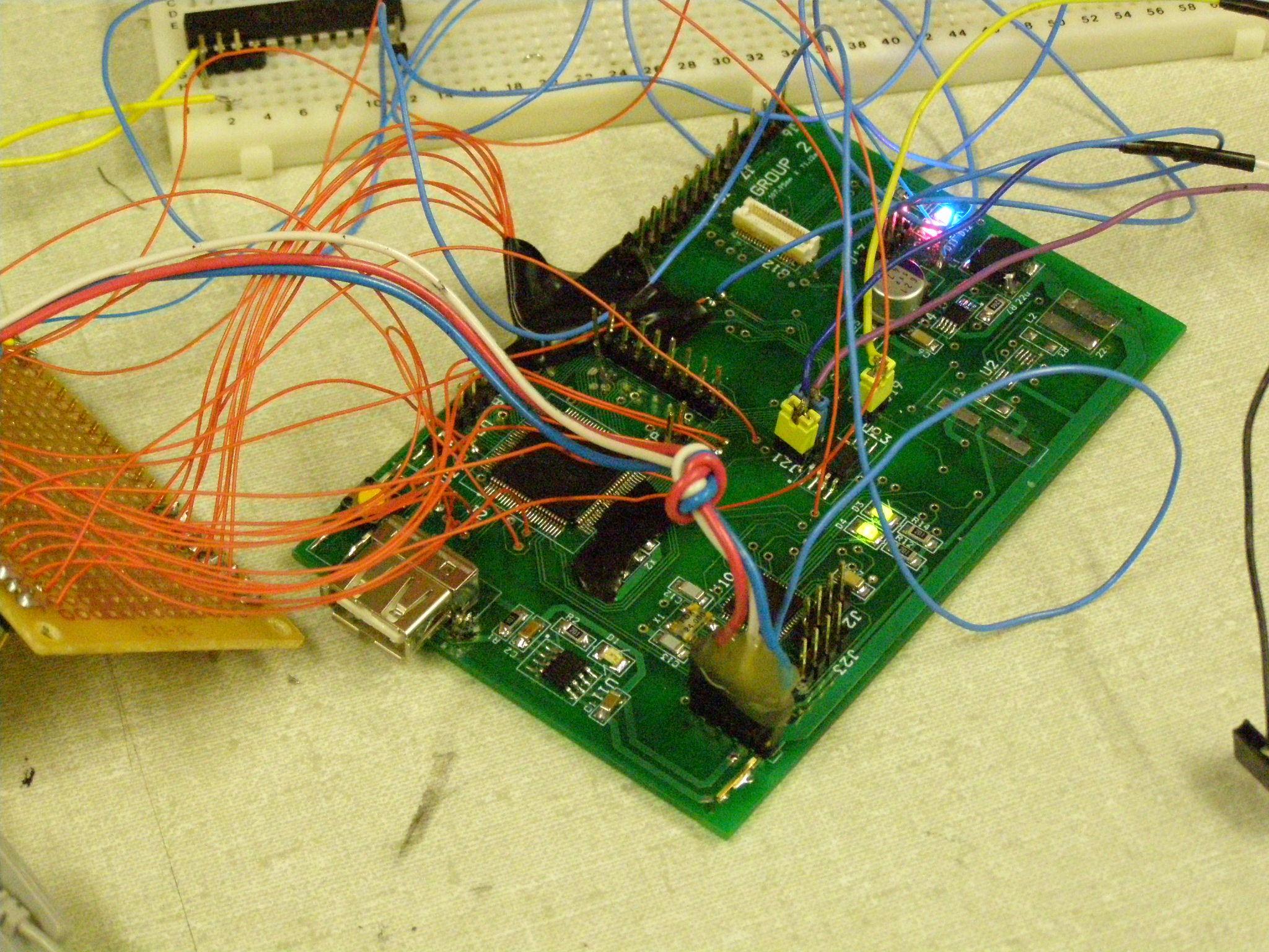 Yucel Parsaks Lab Notebook Basic Circuit And Breadboard Hacks Mods Circuitry We Have 16 Bits Address 8 Data Lines Since Did Not A Header For Each Pins I Soldered To An External Using Vias