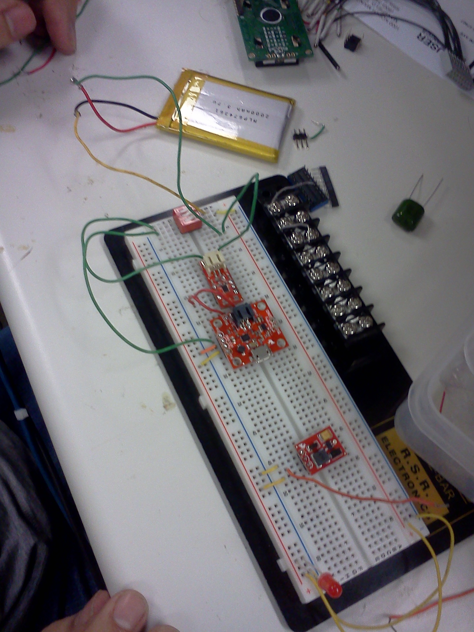 Shantanu Joshis Lab Notebook The Breadboard Circuit Of Above Is Shown Below Since We Took Voltage For From Charger Booster Which Preceded By Fuel Gauge It An Indication That Current Was Succesfully